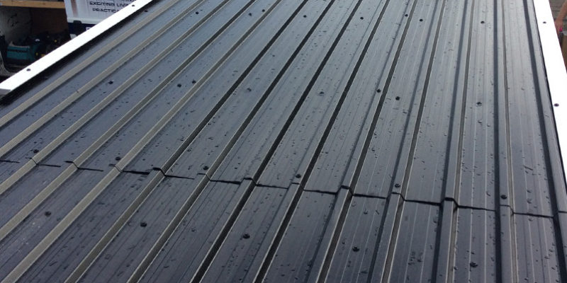Ремонт крыши гаража профнастилом