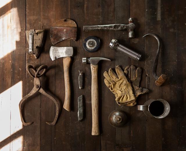 Утепление пола в доме, фото инструментов