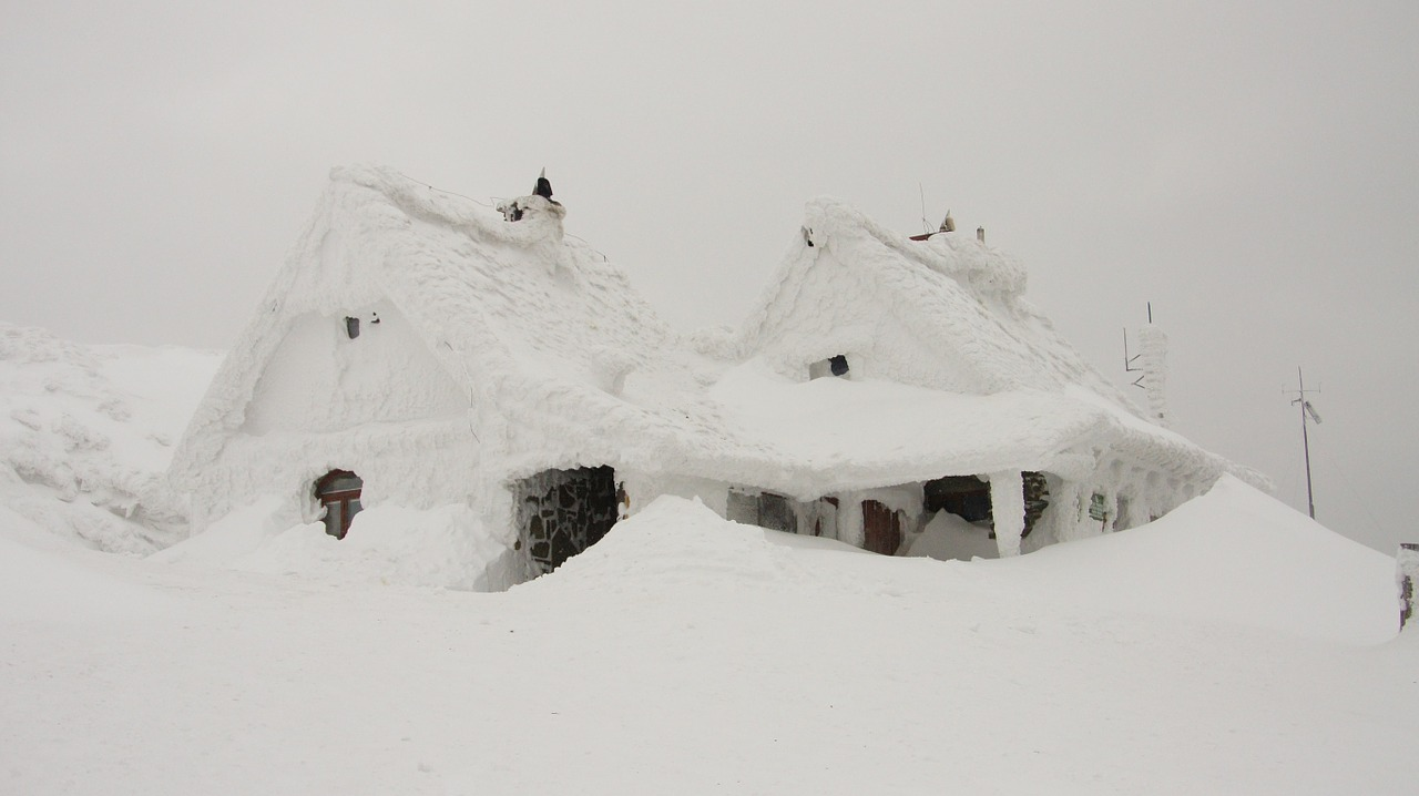 Утепление дачного дома, фото