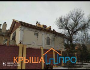 Демонтаж старой кровли и монтаж гибкой черепицы в Москве, фото